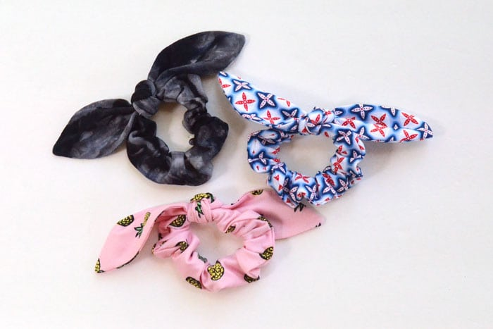 Easy Knot Bow Scrunchie Tutorial